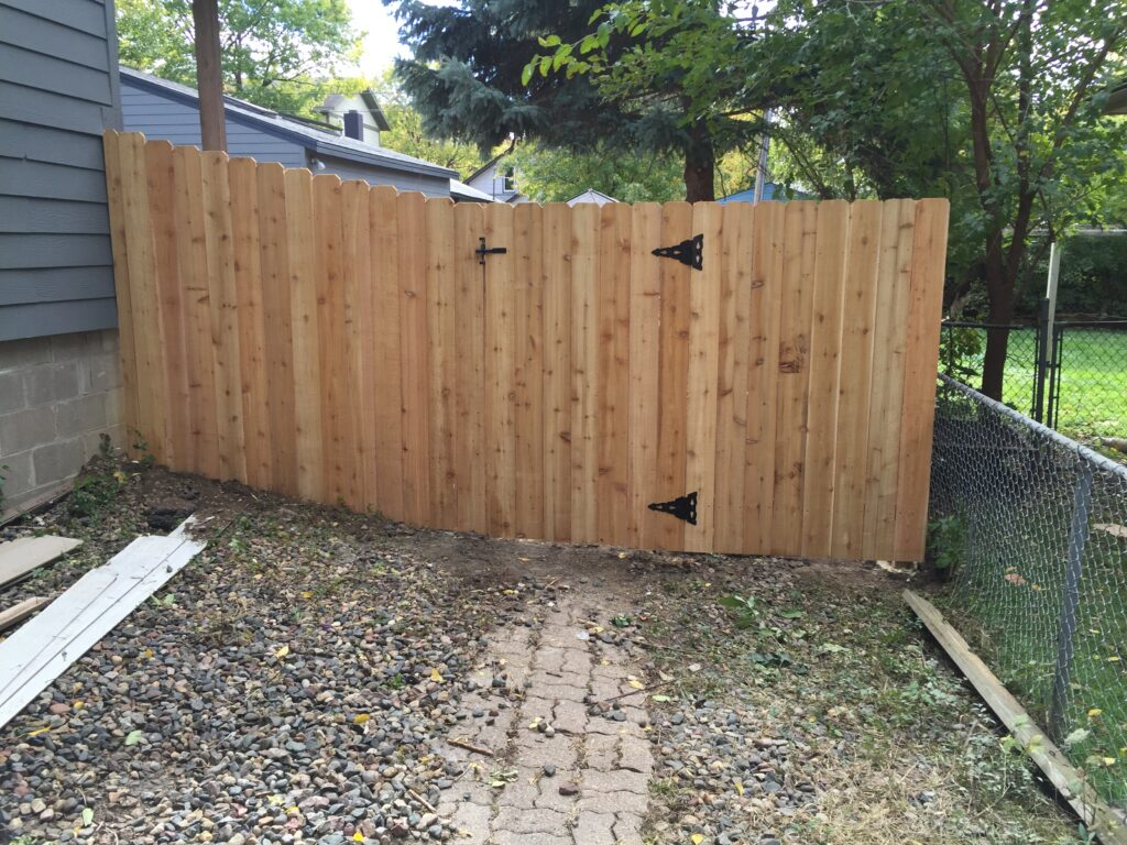 Wood Fencing - Boulevard Fence Inc.
